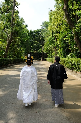 井草八幡宮 結婚式 白無垢着付け