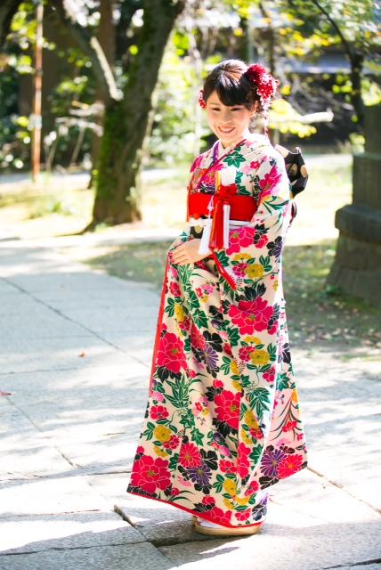 赤坂氷川神社結婚式 白無垢着付け