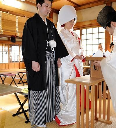 鳥越神社結婚式 白無垢レンタル着付けヘアメイク