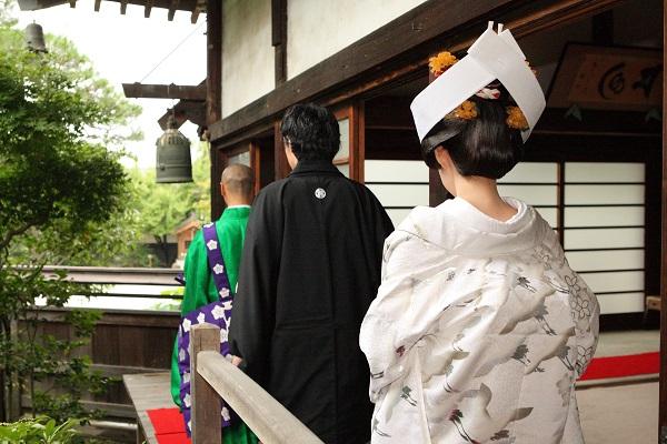 仏前結婚式 白無垢レンタル着付けヘアメイク お寺結婚式カメラマン撮影