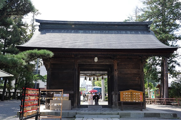 浅間神社結婚式白無垢レンタル着付けヘアメイク