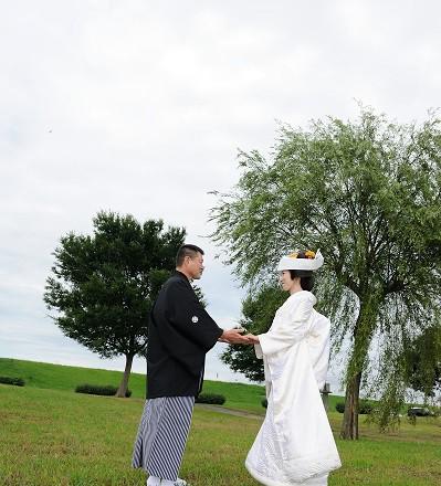 舟と川と海で和装結婚式プロデュース