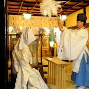 代々木八幡宮結婚式白無垢着付け