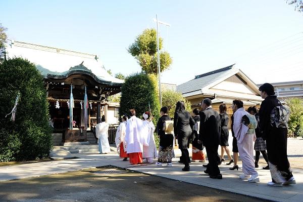 神社結婚式参進行列