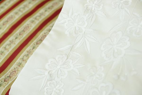 白無垢刺繍