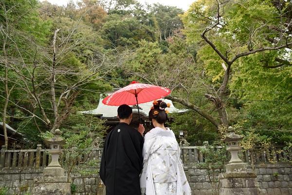 御霊神社結婚式白無垢レンタル着付けヘアメイクカメラマンスナップ