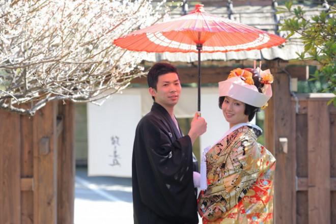 和装結婚式と写真