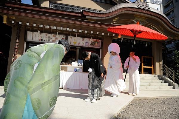 浅草神社結婚式と披露宴費用