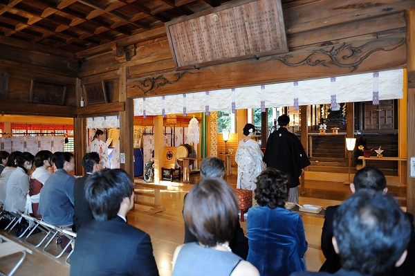 師岡熊野神社結婚式と披露宴