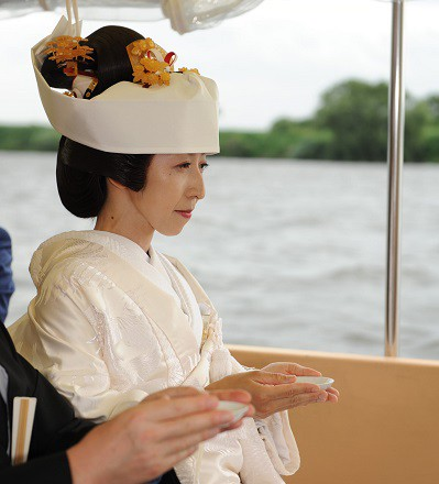 結婚式舟 和装