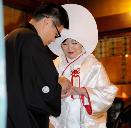 神社結婚式指輪交換