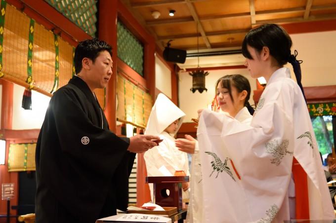 神社結婚式 三三九度