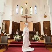 教会結婚式和装